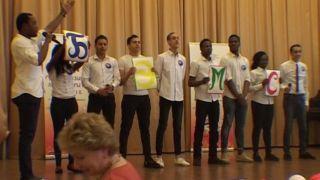 Иностранные студенты прошли «лингвистическим парадом»