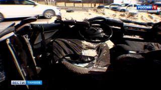 Серьезное ДТП произошло этим утром на пересечении улицы Степана Разина и Рассказовского шоссе