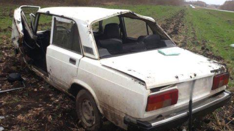 В Знаменском районе перевернулся ВАЗ, водитель в больнице