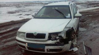В Петровском районе «лоб в лоб» столкнулись два автомобиля: пострадавшие в больнице
