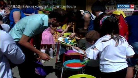 Большие очереди за лимонадом и мороженым: День Победы отмечали в Парке культуры и отдыха Тамбова