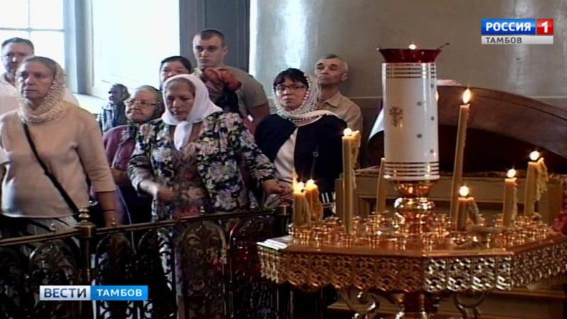 Митрополит Феодосий принимает поздравления с Днем Ангела