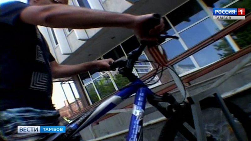 На работу на велосипеде: в Пушкинской библиотеке присоединились к Всероссийской акции
