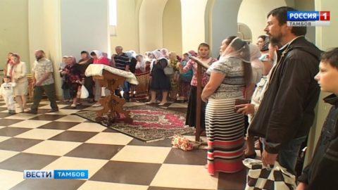В Тамбов доставили Вышинскую икону Божьей Матери