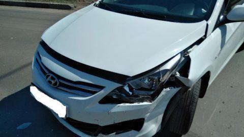 17-летняя девушка пострадала в результате столкновения иномарки и «пятнадцатой» в Мичуринске