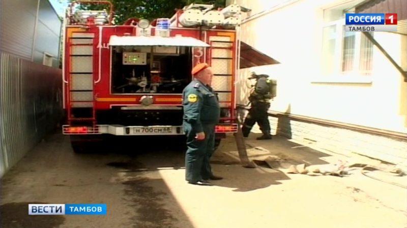 С условным пожаром в 3 поликлинике Тамбова справились за 20 минут