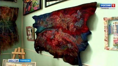 Добавить красок будням помогут картины из нановойлока