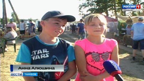 На Атмановских кулачках русские богатыри бросили вызов четырём силачам мира