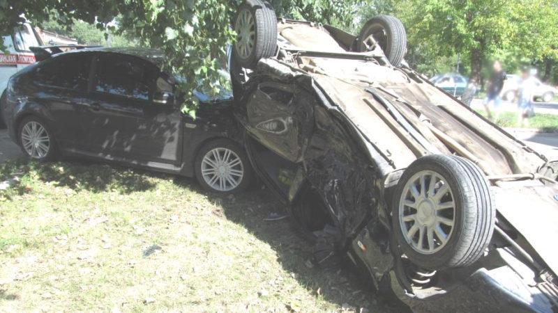 В Котовске Ford Focus и Lada Granta не поделили дорогу, четверо пострадали