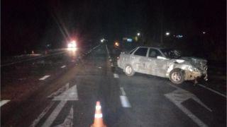 Два автомобиля «не поделили» дорогу в Сосновском районе: есть пострадавшие