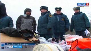 Чтобы противостоять паводку глава Покрово-Пригородного сельсовета готов лично вооружиться ломом