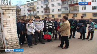 Прогулка в историю: тамбовским лицеистам рассказали об улице Гоголя в прошлом и настоящем