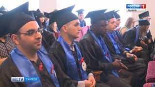 От магистров к специалистам: выпускникам ТГТУ вручили дипломы об окончании